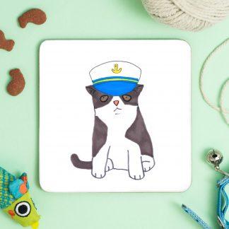 cat in sailor hat